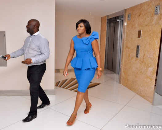 omotola-jalade-blue-outfit-02