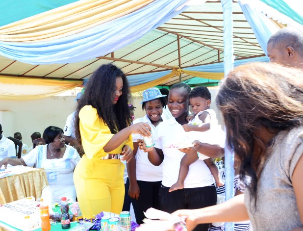 Jackie-Appiah-Celebrates-Birthday-With-Less-Priviledged-YabaLeftOnline-com-013
