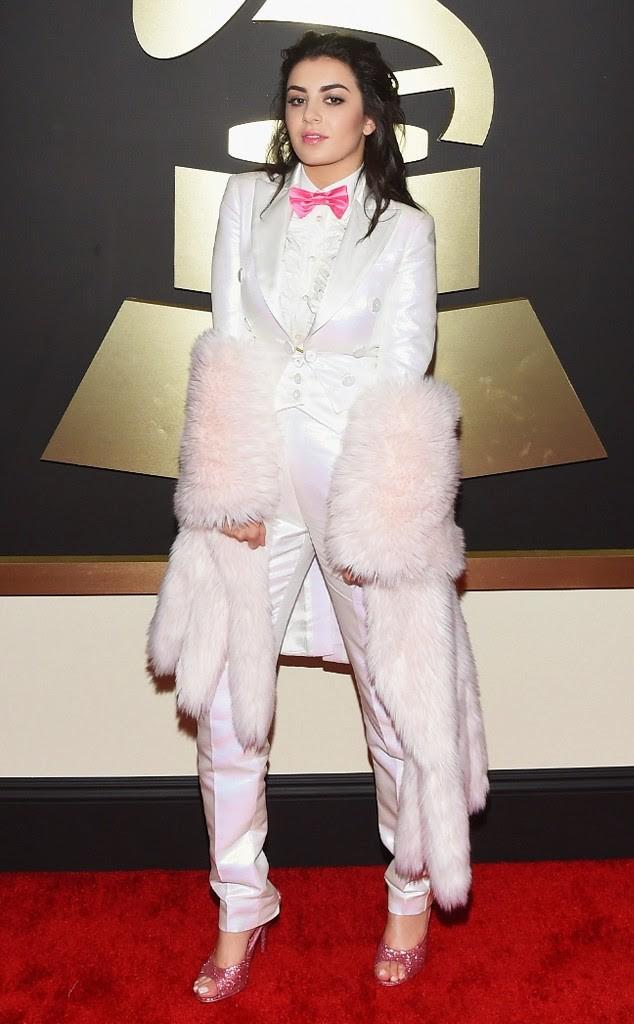 Grammy-Awards-Red-Carpet-02