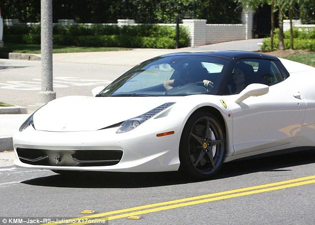 Kylie Ferrari2