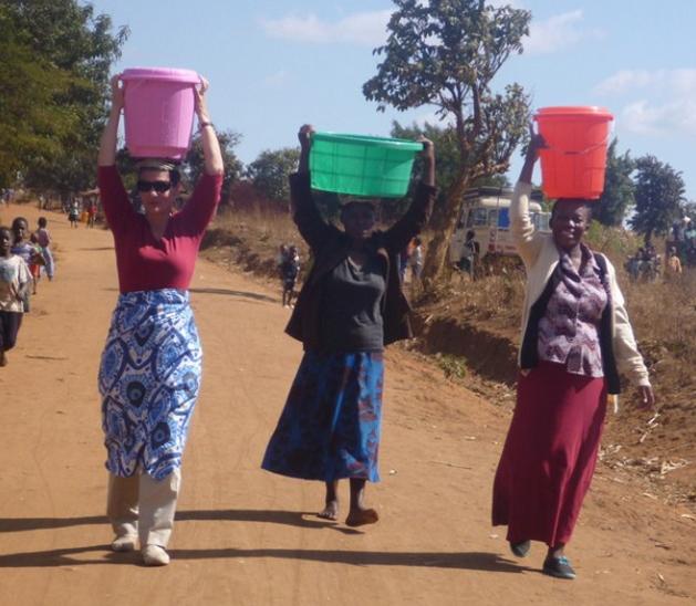 Melinda Gates Fetches Water