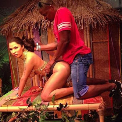 Nicki Anaconda Wax