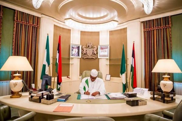 Buhari_in_Aso_Rock-600x400
