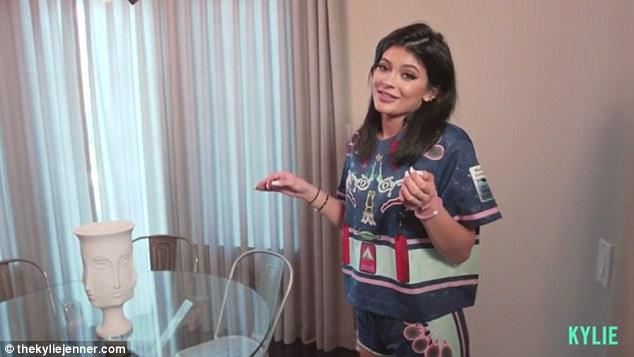 Kylie Tour7