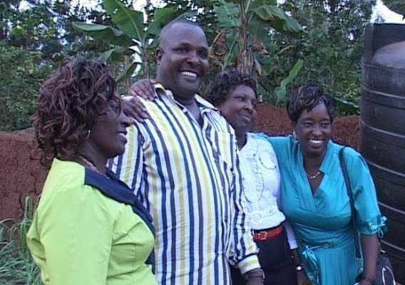 man-married-3-women