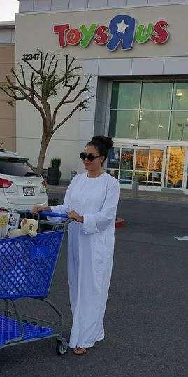 Nadia-Buari-Shopping