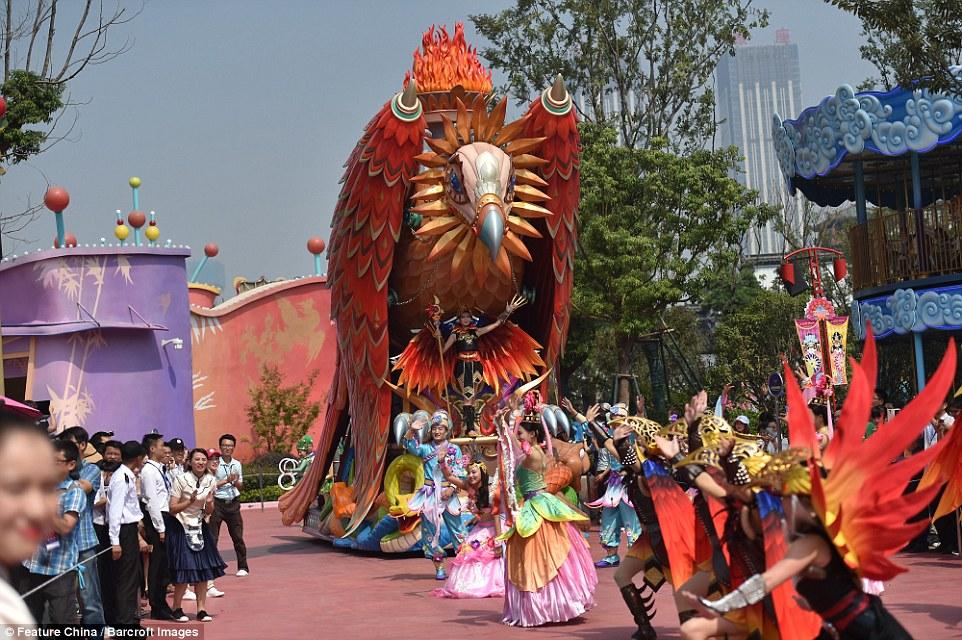 wang-jianlin-theme-park5