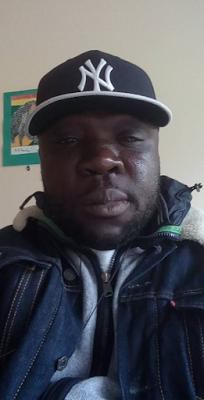 nigerian-man-cameroon-05