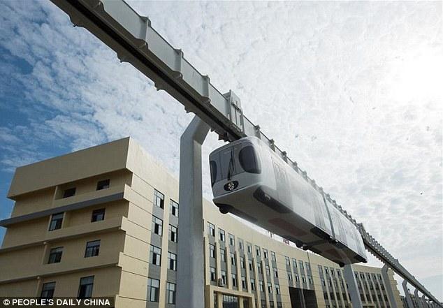 monorail4