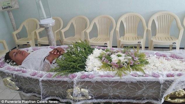 vera-funeral