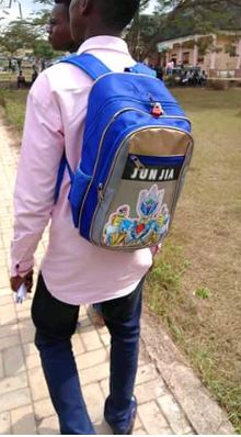 padlock schoolbag1