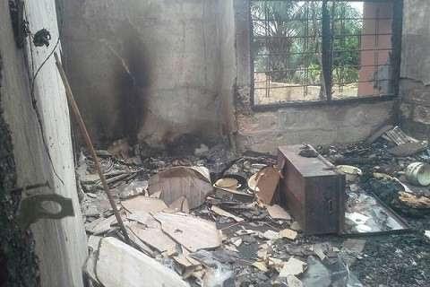 girl sets boyfriend's house ablaze