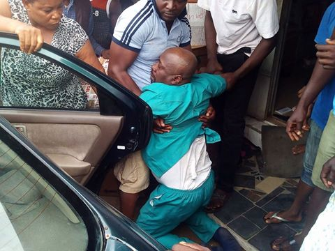 Nigerian man slaps