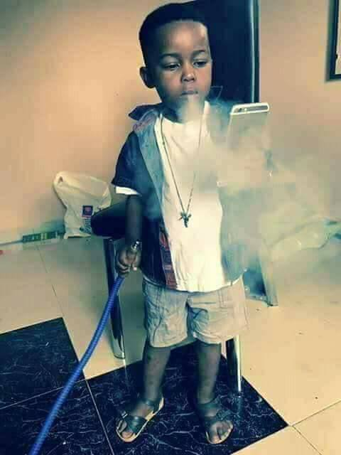 5 year old smoking shisha