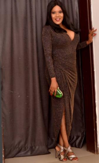 actress toyin aimakhu flaunts boobs