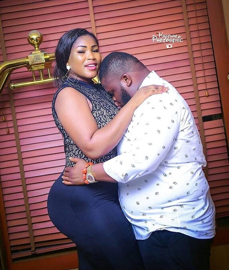 raunchy pre-wedding photos