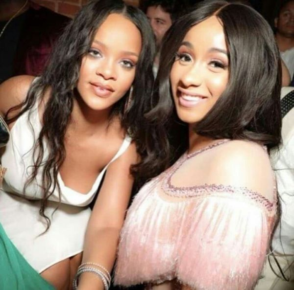 Rihanna unfollows Cardi B