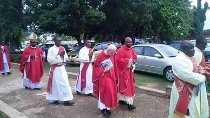 Rev Fr. Angus Fraser is dead