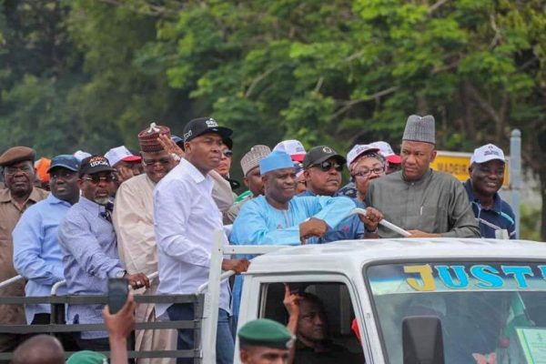 Saraki leads PDP protest