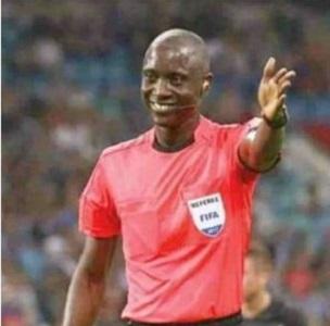 Gambian referee apologizes