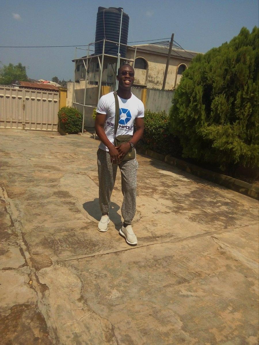 Nigerian Man blasts yahoo boys