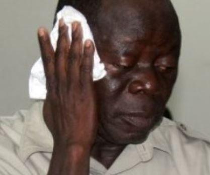 Thugs beat Oshiomhole