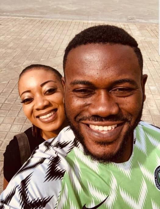 Deyemi Okanlawon takes wife