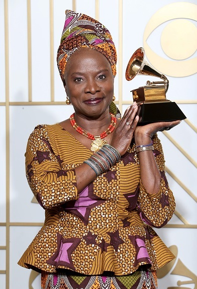 #Grammy2020 : Angelique Kidjo beats Burna Boy to win 'Best World Music Album'.