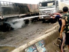 Mob sets truck ablaze