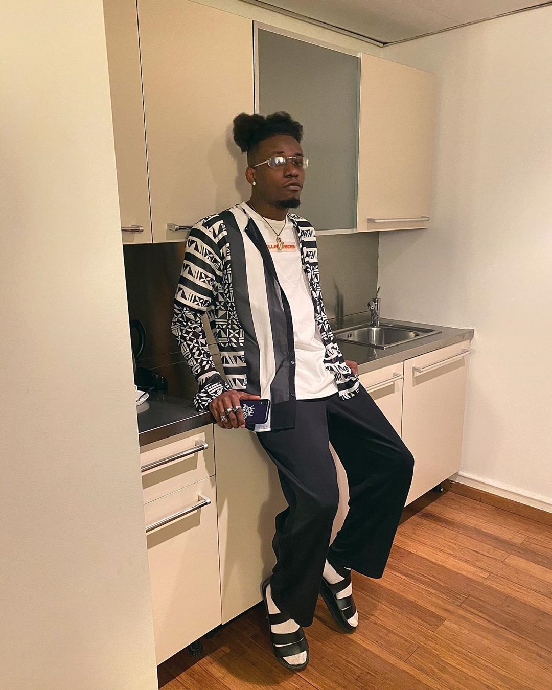 """""""Fireboy, Rema, Joeboy are not in my league"""" – King Perryy brags (Video)"""