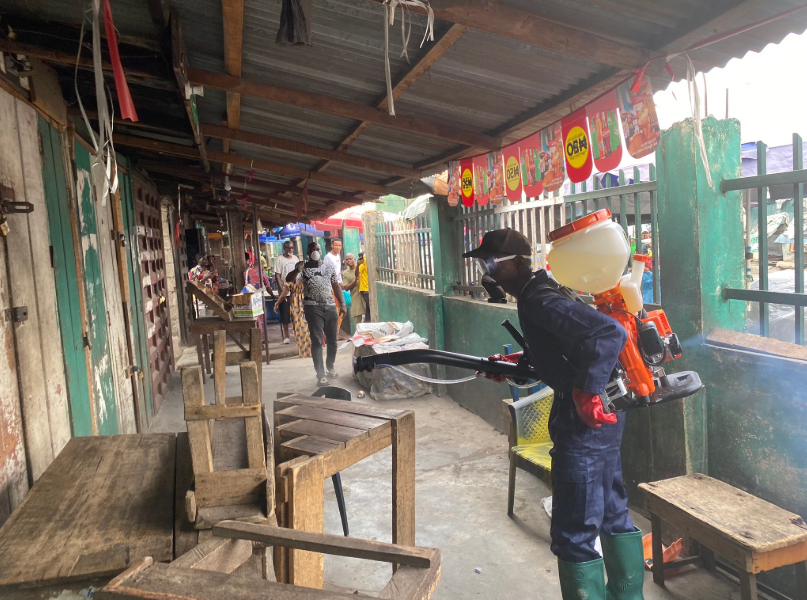 Lagos government fumigates markets