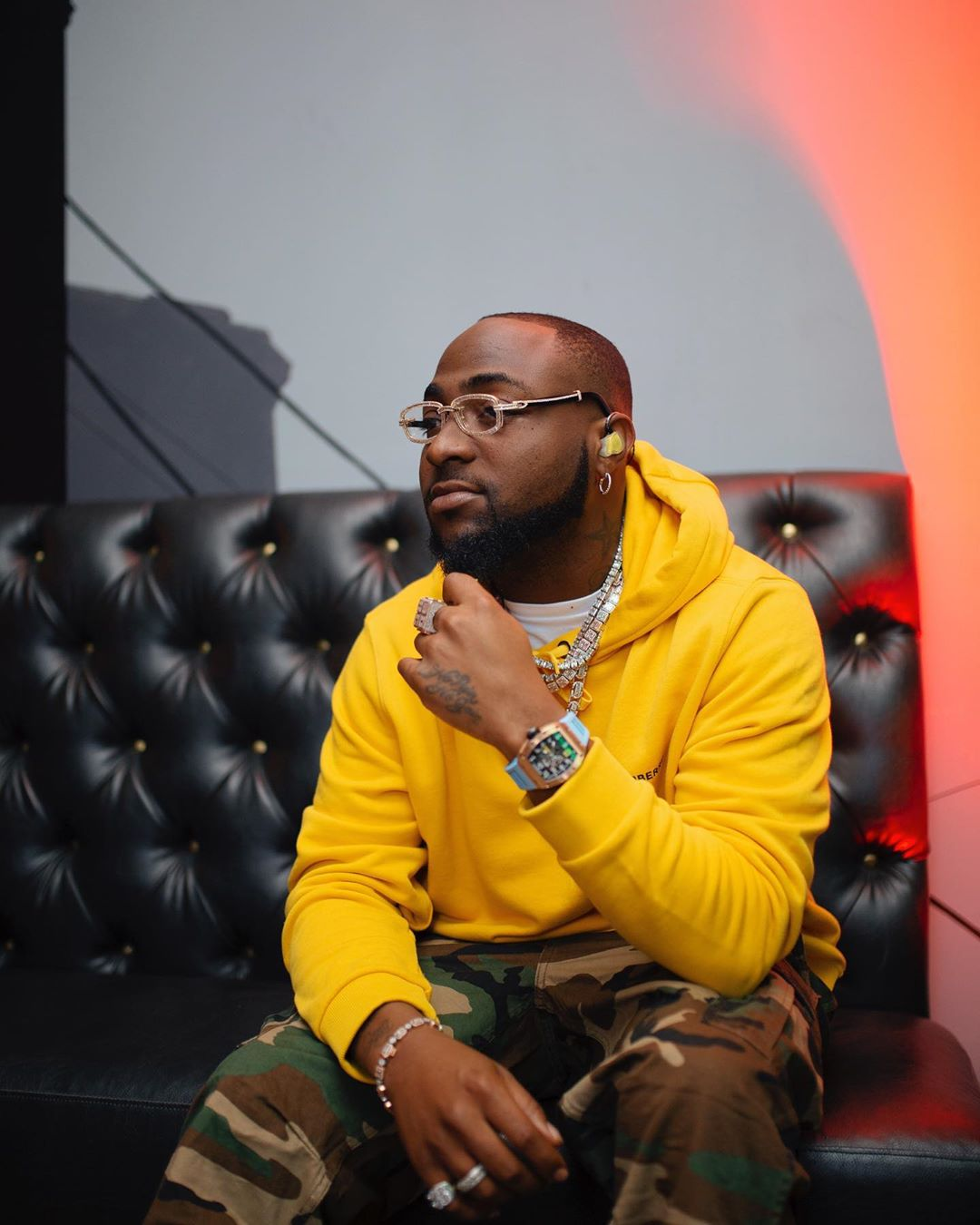 Upon Pressure From Fans, Davido Redoes Covid-19 Test Again; Comes Out Negative
