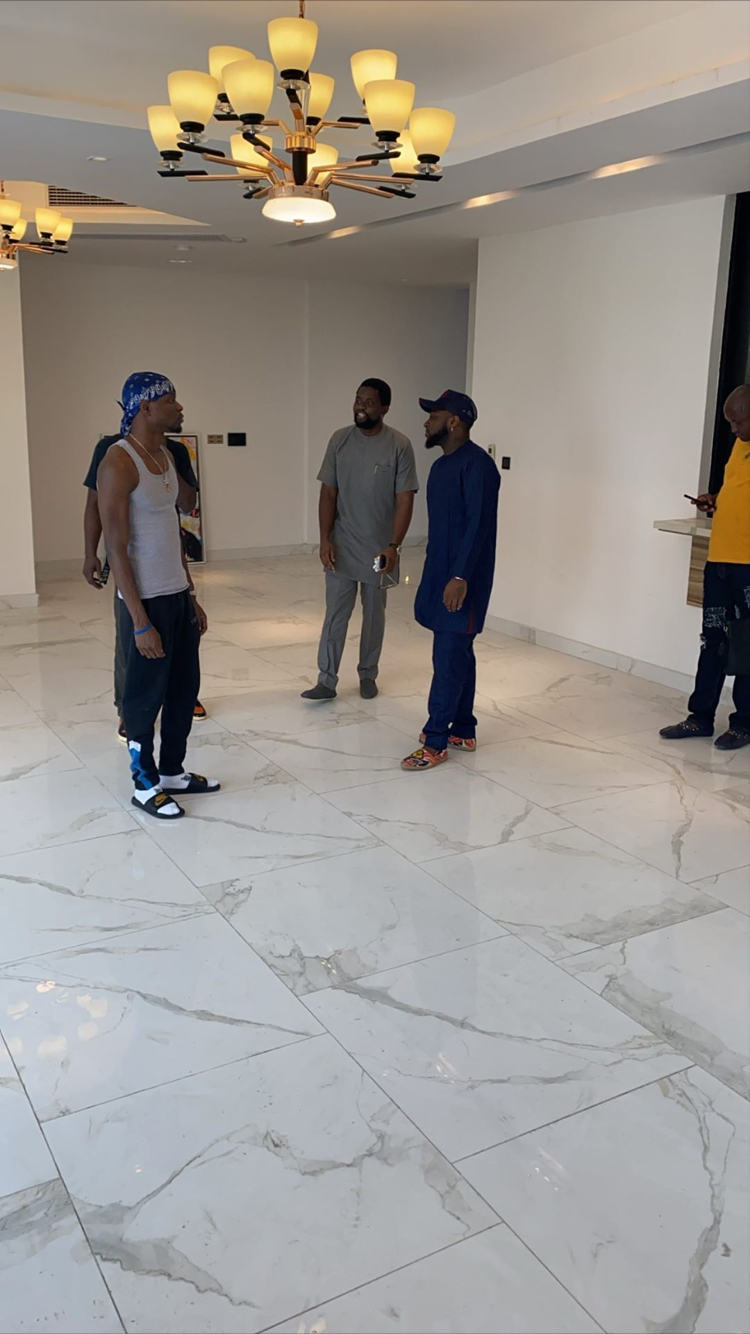 OBO!! – Davido set to move to his dream house with an elevator in Banana Island, Lagos (Photo+Video)