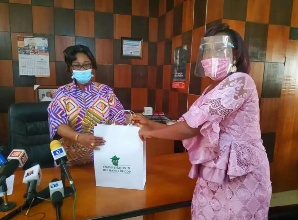 Governor rewards Nigerian woman