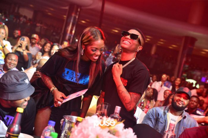 Tiwa Savage ignores Wizkid