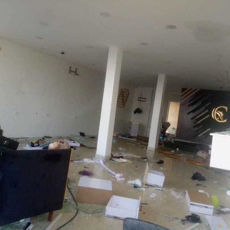 erica thugs looting