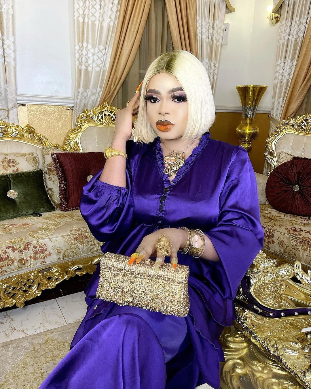 Bobrisky replies troll