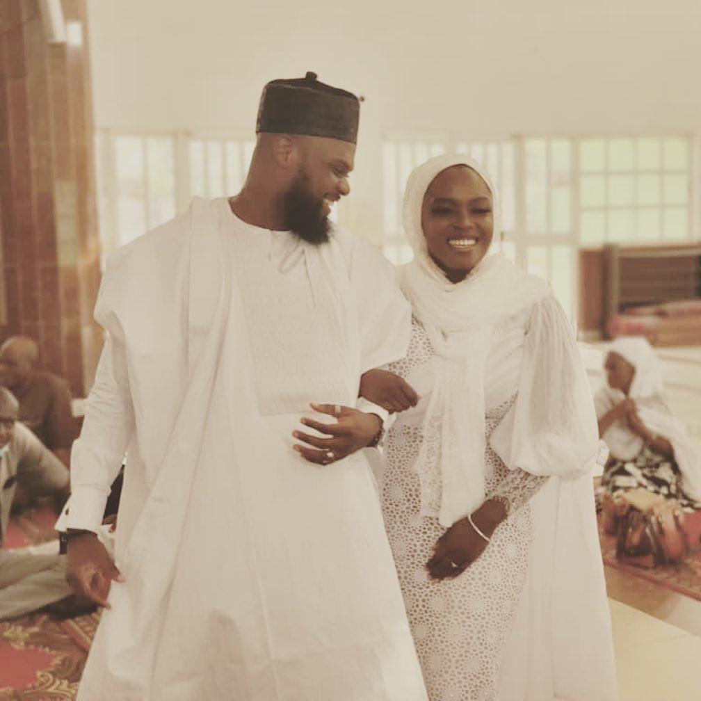 Nigerian Muslim man warmsNigerian Muslim man warms