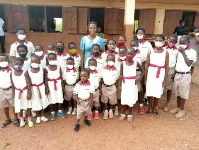 Young lady posted t0 village as teacher sews uniforms for her poor students